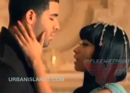 nicki minaj and drake kiss. house nicki minaj and drake