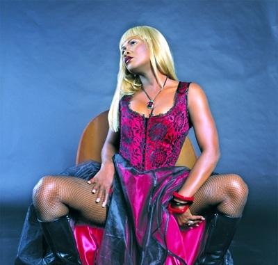 lady saw 2011