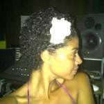 yendi phillipps short hair 2