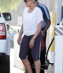 tia mowry pump gas