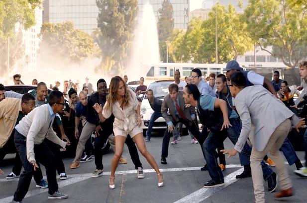 "Jennifer Lopez Causes Man Frenzy In ""Papi"" Video"
