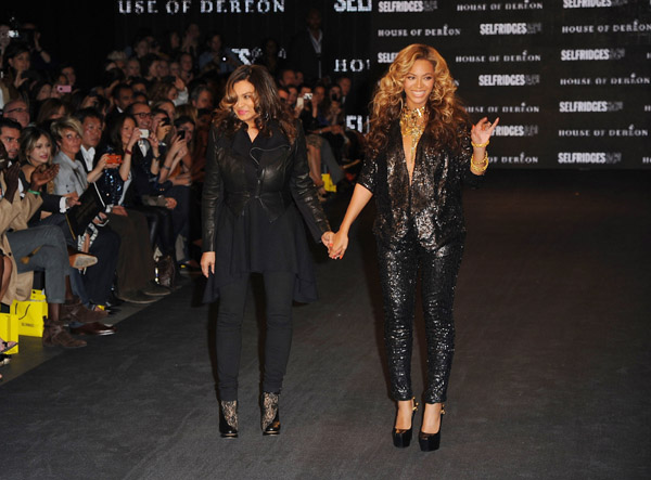 Beyonce Talks Pregnancy During House Of Dereon Launch [Photo]