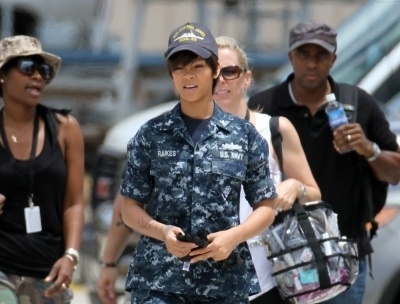 Video: Rihanna Taking Out Alien On Set Battleship