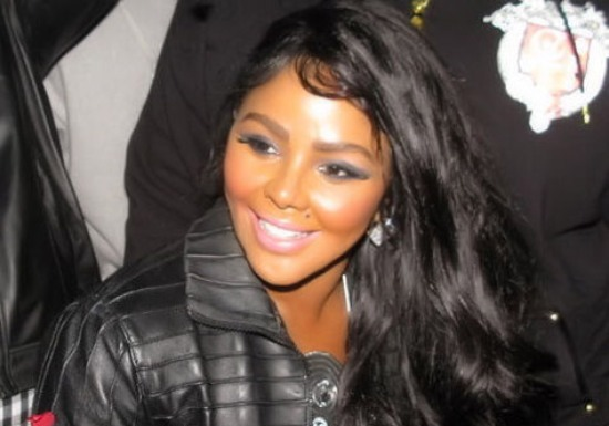 "Lil Kim Disses Nicki Minaj In ""Warning"" [Audio]"