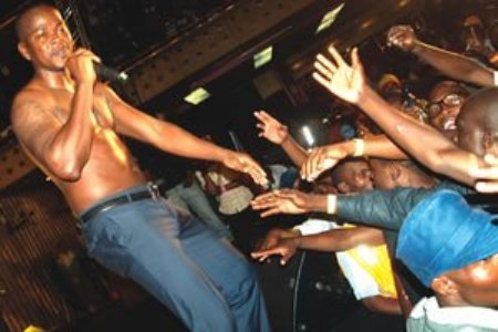 Mr. Vegas Failed To Shine In Zimbabwe, Fans Walked Out [Video]