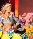 Nicki-Minaj-2011-Victorias-Secret-Fashion-Show