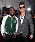 WILL.I.AM AND ROBIN THICKE ama