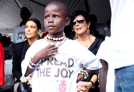 Kim Kardashian & Kris Jenner Visit Haiti For Charity [Photo]