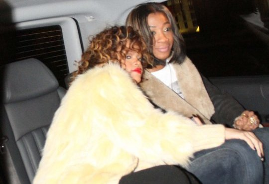 Rihanna And Melissa Gets Cozy In Milan [Photo]