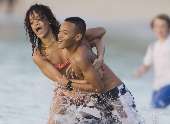 Rihanna Shows Off Bikini Body In Barbados [Photo]