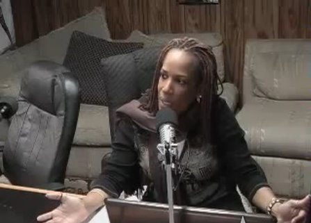 2Lips Talk Show Host