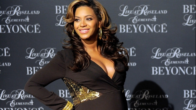Beyonce And Jay-Z Welcome Baby Girl Name Blue Ivy Carter [Photo]