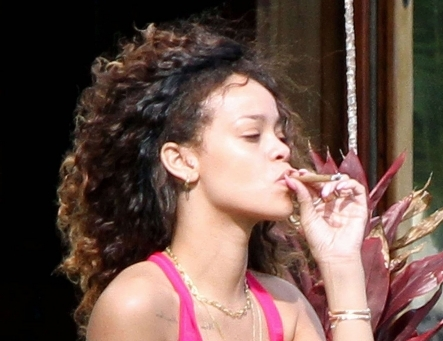 Rihanna Gets High Off Kush In Hawaii [Photo]