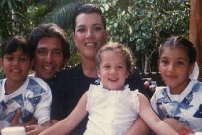 Tags Khloe Kardashian Photo