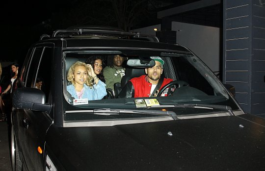 Did Chris Brown Made Girlfriend Karrueche Tran Wait In Car While Partying WIth Rihanna