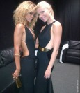 RIHANNA AND GWYNETH PALTROW 2012 grammys