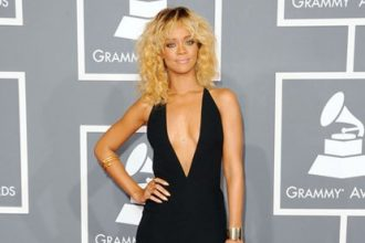 Rihanna Turn Head On The Grammy Red Carpet [Photo]