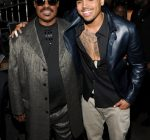 STEVIE WONDER AND CHRIS BROWN 2012 grammys