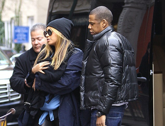 Beyoncé, Jay-Z And Blue Ivy Steps Out For The First Time [Photo]