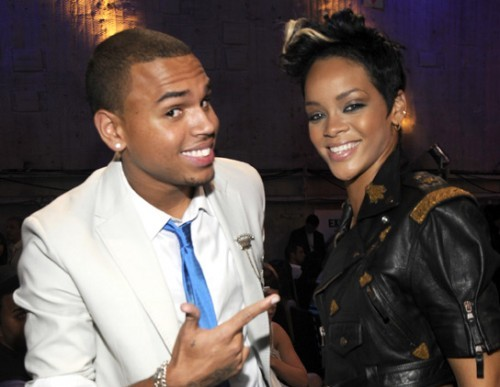 "Rihanna And Chris Brown Tease ""Birthday Cake"" Duet On Twitter [DETAILS]"