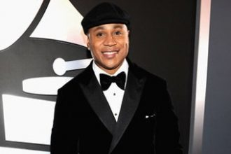 PHOTOS: 54th Annual Grammys Awards Arrival Red Carpet
