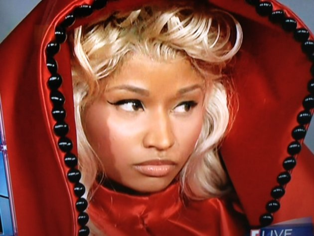nicki minaj red riding hood grammy
