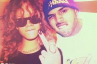 Chris Brown Spends Time With Rihanna And Her Family [DETAILS]
