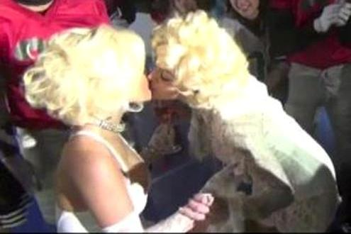 nicki minaj and madonna kiss