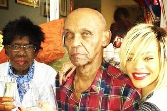 Rihanna Throws Her Grandmother A Birthday Party [Photo]