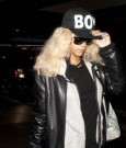 rihanna in boy cap 3