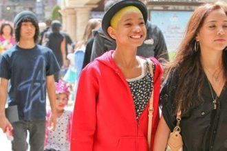 Willow Smith Steps Out With Yellow Hair [Photo]