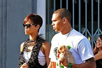 "Rihanna: ""I'm Cool With Breezy"" Talks 2009 Assault"