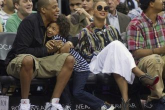 Beyonce, Jay-Z And Nephew Julez Courtside Nets Game [Photo]