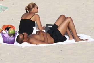 Beyonce And Jay-Z Takes Blue Ivy On First Vacation In St. Barts [Photo]