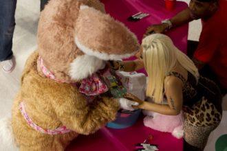 Nicki Minaj Meets The Easter Bunny At L.A. Album Signing [Photo]