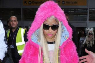 Nicki Minaj Greeted By Fans As She Touch Down In London [Photo]