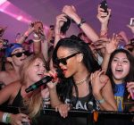 rihanna perform coachella