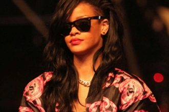 Rihanna Considering Ditching Music For Movies