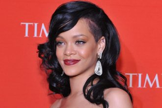 Rihanna To Perform On American Idol