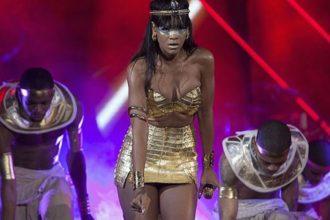 Rihanna Is Cleopatra, Rakes In $57 Million For Charity [Photo]