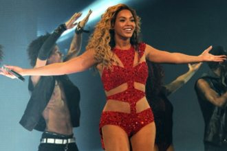 Beyonce Covers Lauryn Hill At Comeback Concert [Video]