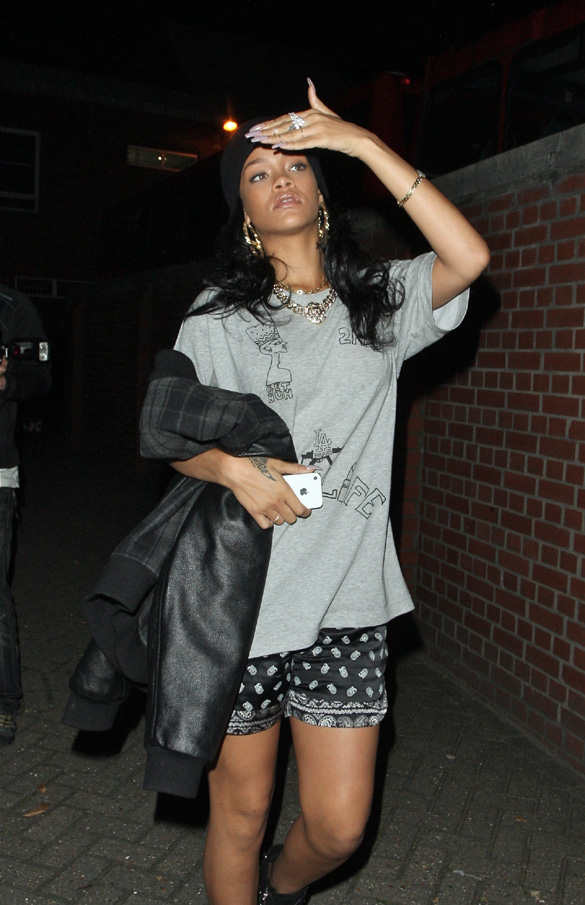 Rihanna going studio london