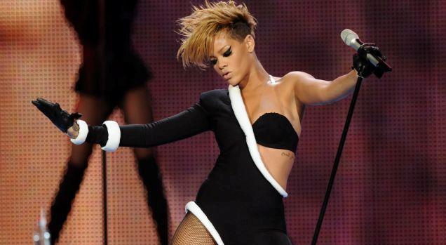 Rihanna Earns 22nd Top 10 Single On Billboard