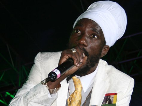 sizzla performing live