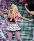 Nicki Minaj wireless Festival performance