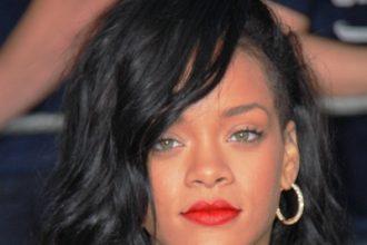 Rihanna Among Celebs Praying For 'The Dark Knight Rises' Massacre Victims