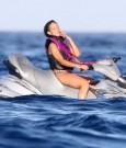 Rihanna jet ski 4
