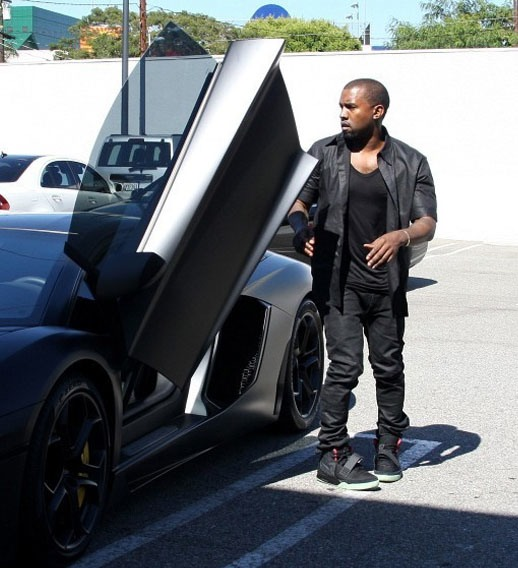 Kanye West Shows Off His 750k Lamborghini From Kim K