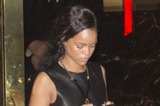 Rihanna Rides Solo To Dinner In Santa Monica [Photo]