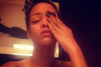 Was Rihanna Crying After Chris Brown Was Caught Kissing Nicole Scherzinger?